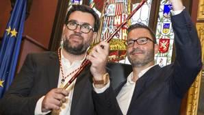 Antoni Noguera, integrante de MÉS per Mallorca, durante la toma de posesión como alcalde de Palma