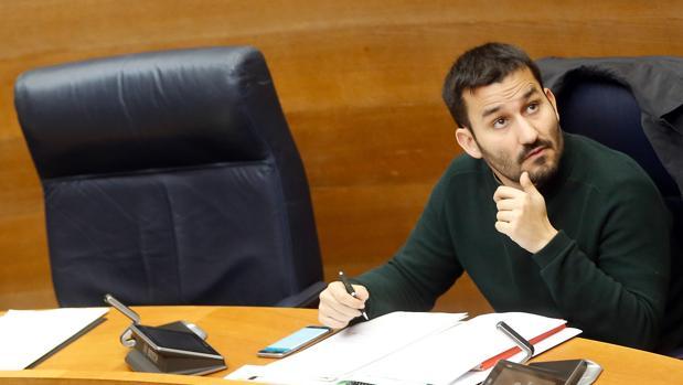 Imagen de archivo del conseller Vicent Marzà tomada en las Cortes Valencianas