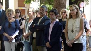 Las principales instituciones de Huesca guardan un minuto de silencio en recuerdo de Naiara
