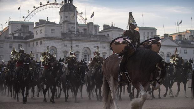 Preparativos de la visita de los Reyes de España al Reino Unido