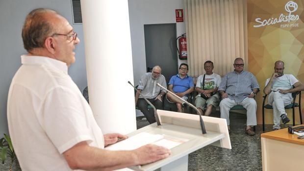 Hemeroteca: Los sanchistas arremeten contra Ximo Puig: «Hace peligrar la Generalitat»   Autor del artículo: Finanzas.com
