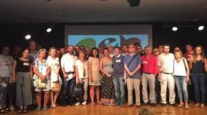 Apoyo social a las familias de Castelldefels que piden bilingüismo en la escuela Josep Guinovart