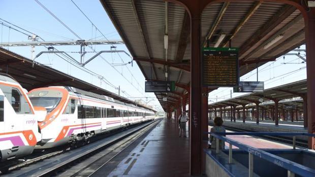 Hemeroteca: Muere un pastor en Sevilla tras ser arrollado por un tren de Cercanías   Autor del artículo: Finanzas.com