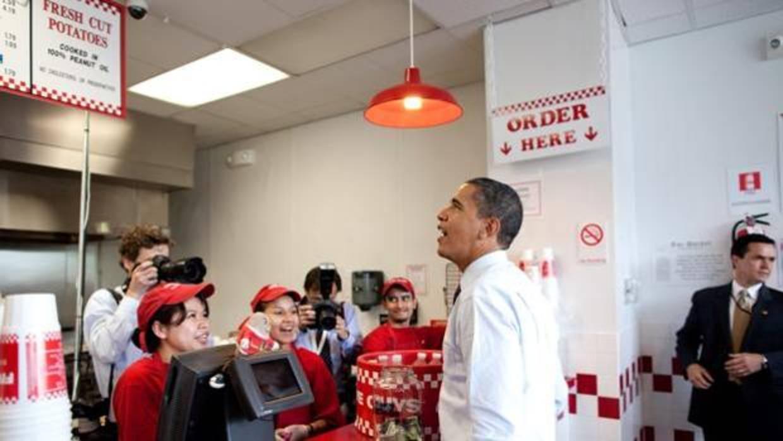 Five guys la hamburgueser a preferida de obama abre dos - Local en madrid ...