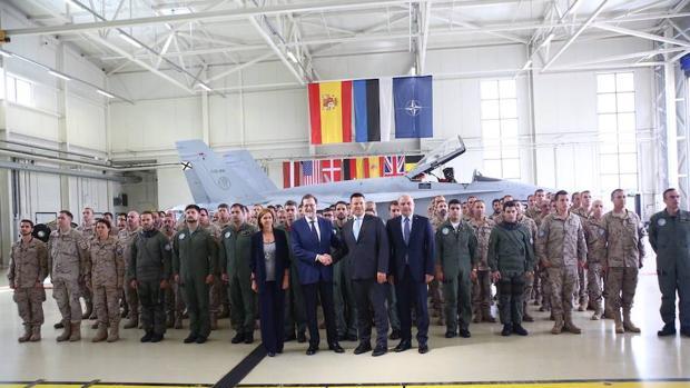 Hemeroteca: Rajoy, a las tropas: «Contribuyen a mantener una España más segura»   Autor del artículo: Finanzas.com