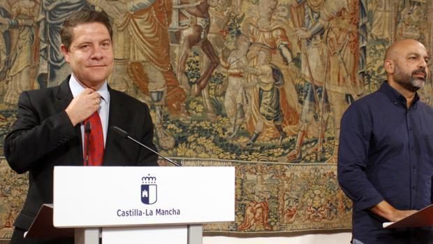 Page y García Molina en el Palacio de Fuensalida en el acto donde anunció el acuerdo con Podemos