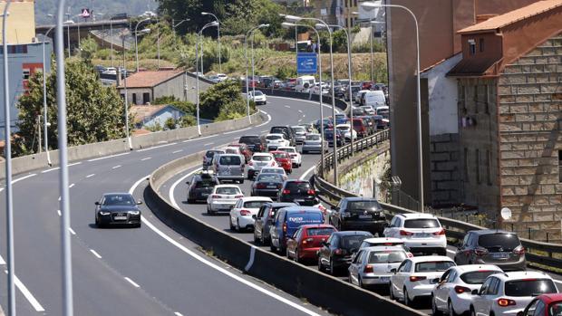 Tres motoristas y un ciclista muertos en accidentes de tráfico este fin de semana