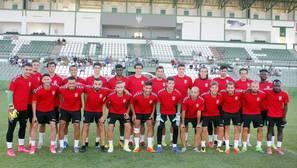 Los jugadores del Toledo, el miércoles por la tarde en el campo «Salto del Caballo»