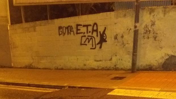 Pintada proetarra en Bilbao