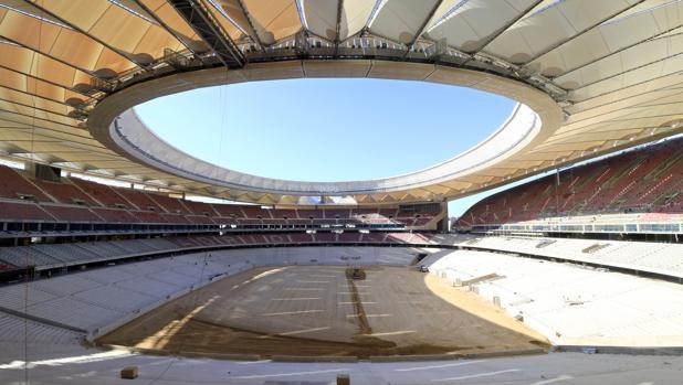 El Wanda Metropolitano, con la cubierta de las gradas casi concluída