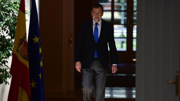 El presidente del Gobierno, Mariano Rajoy, este viernes en el Palacio de la Moncloa