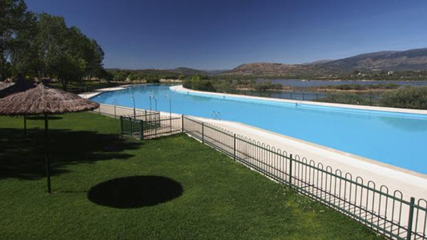 Las piscinas de Riosequillo, en Buitrago del Lozoya