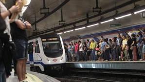 La céntrica estación de Metro repleta de público