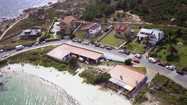 El Náutico, situado en la privilegiada primera línea de playa