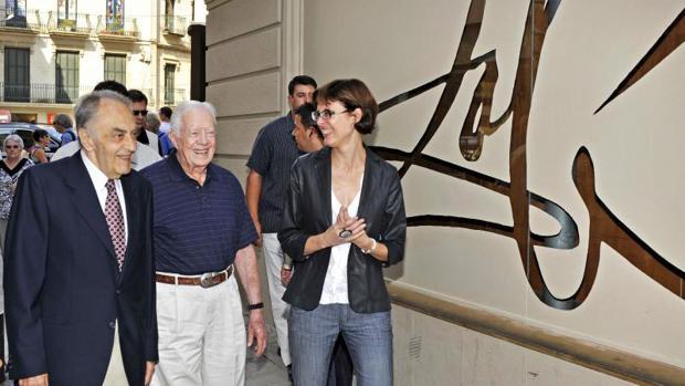 Boixadós, con Jimmy Carter, expresidente de EEUU, en el museo de Dalí en Figueras, en el año 2010