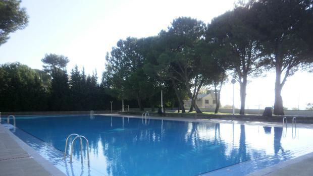 Muere ahogado un joven de 21 a os en una piscina municipal en l rida - Piscina municipal toledo ...