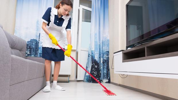 Camareras de piso costa o interior for Piso una habitacion madrid