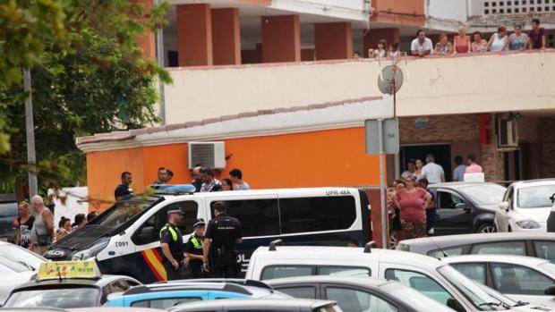 Tres detenidos por apu alar mortalmente a un joven de 24 - Policia nacional algeciras ...