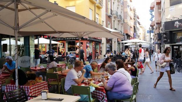 Tinder euro córneo en Valencia