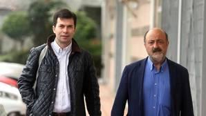 Gonzalo Caballero en Santiago de Compostela para registrar su candidatura