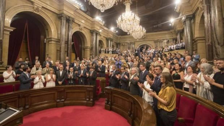 Forcadell convoca la mesa del parlament este mi rcoles a for Mesa parlament