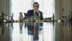 El presidente Rajoy presidió ayter la reunión del Consejo de Ministros extraordinario