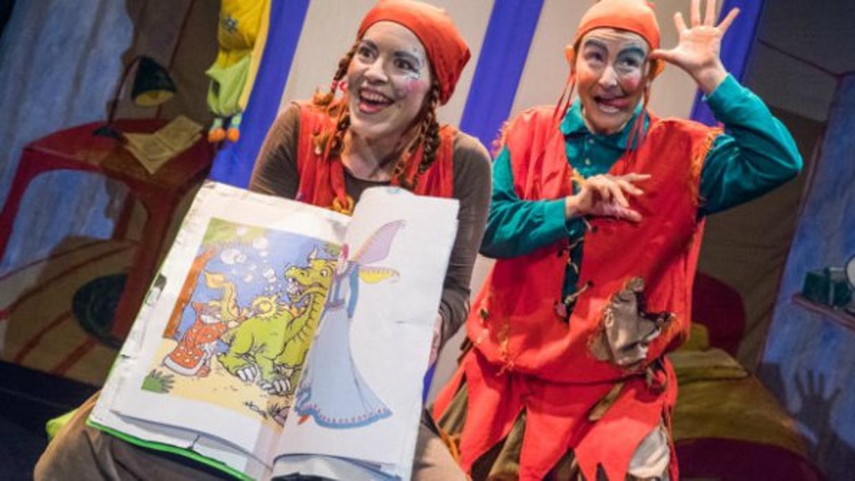 Marionetas y disfraces trasladan a los m s peque os al - La casa de los disfraces sevilla montesierra ...