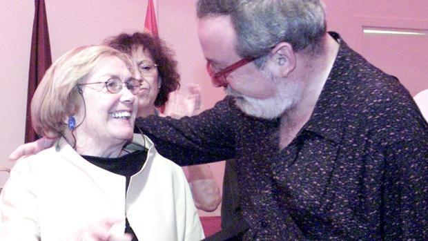 Homenaje a María Teresa Castells