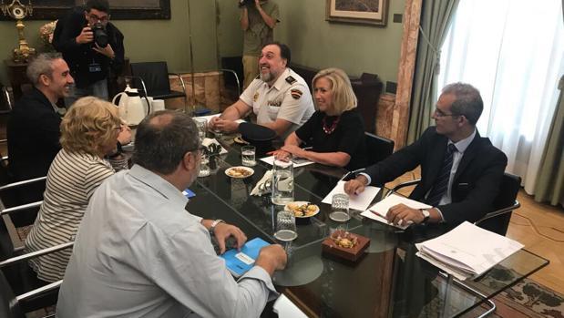 La delegada del Gobierno, Concepción Dancausa, reunida, hoy, con la alcaldesa de Madrid, Manuela Carmena
