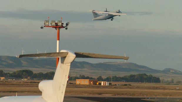 El aeropuerto de Zaragoza transportó 16.300 toneladas en agosto, una cifra récord para este complejo