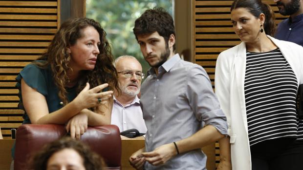 Antonio Estañ, en las Cortes durante el Debate de Política General