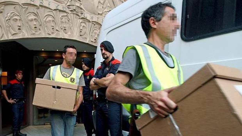 ¿Qué pasará con los Mossos si no retiran las urnas del referéndum?
