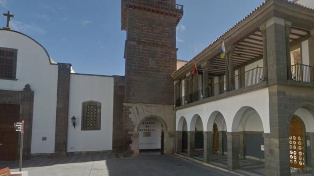 Exteriores de la Audiencia Provincial de Las Palmas