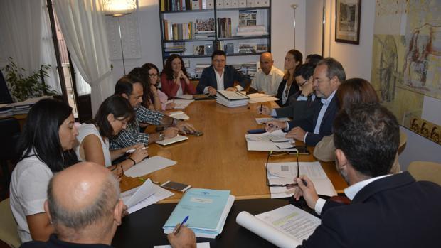 La Comisión de Urbanismo, reunida en el Ayuntamiento de Toledo