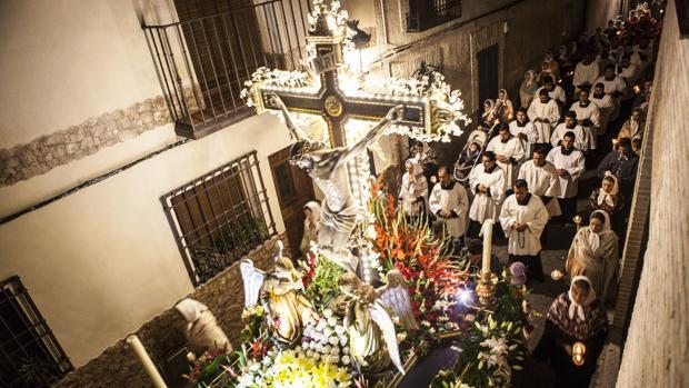 El Cristo de la Sala, en procesión por las calles de Bargas
