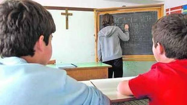 Imagen de archivo de una clase Religión