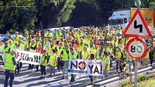 Manifestación por la liberalización de la AP-1 el pasado 12 de septiembre, a la altura de Pancorbo
