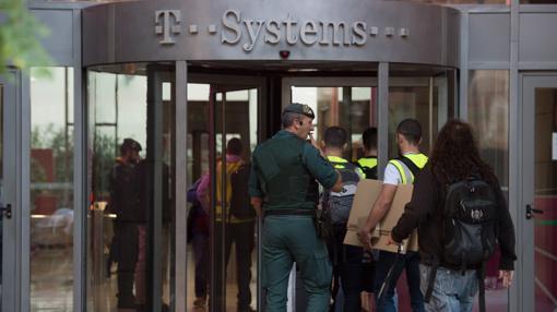 La Guardia Civil entra en T-Systems