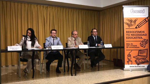 Un momento de la asamblea de la Federación de Centros Educativos de Valencia