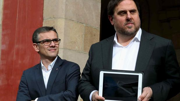 Josep Maria Jové (izquierda), junto a Oriol Junqueras