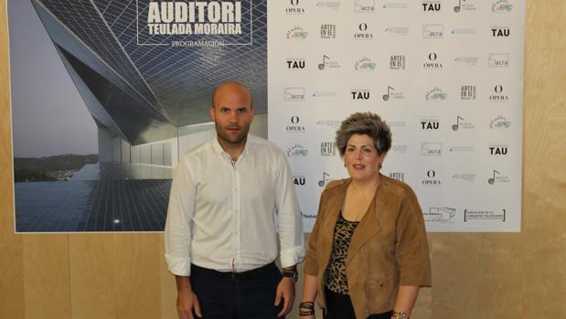 Carlos Linares y Maite Serrat, en la presentación de la temporada