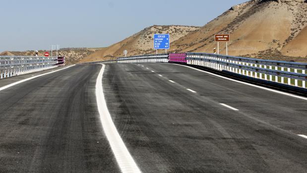 Tramo de la Autovía de la Sagra con la carretera CM-4001