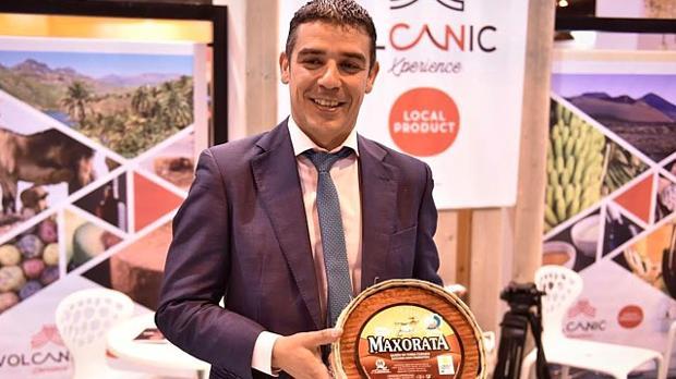 Narvay Quiero, consejero canario de Agricultura con un premiado este 2012 «Maxorata Curado»