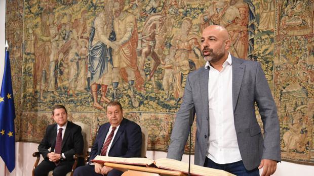 Jose Garcia Molina, toma posesión como nuevo componente del Gobierno de Page