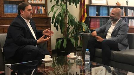 garcía Molina, dsurante su reunión con Oriol Junqueras