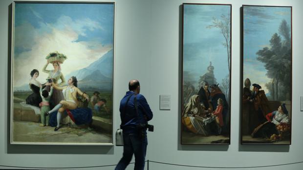 La exposición reúne 67 pinturas, 21 de ellas goyas «de primer nivel», según ha explicado la comisaria Manuela Mena