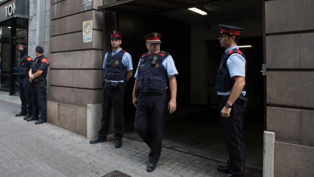 Imagen de la reunión de los cuerpos de policía en la Fiscalía de Cataluña de hoy