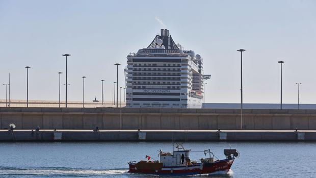 Imagen tomada este jueves en la Dársena del puerto de Valencia