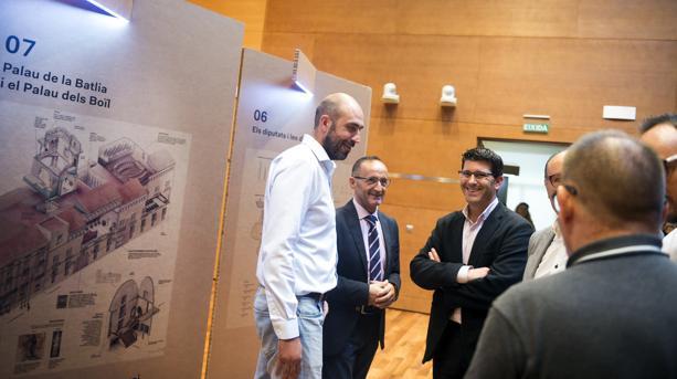 Jorge Rodríguez amb els diputats Bartolomé Nofuentes i Pablo Seguí en l'exposició «Coneix la Diputació»