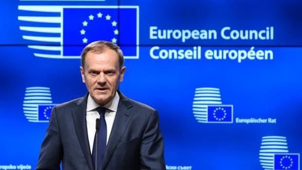 Donald tusk pide a puigdemont que no proclame la independencia for Presidente del consejo europeo